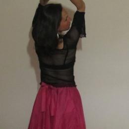 Lenka tančící